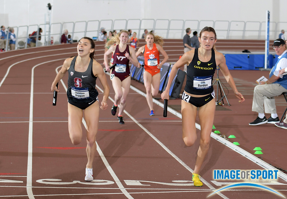 Mar 9, 2018; College Station, TX, USA; Lili Burdon of Oregon (right) defeats Christina Aragon of Stanford on the 1,600m anchor leg of the women's distance medley relay, 10:51.99 to 10:52.02, during the NCAA Indoor Track and Field Championships at the McFerrin Athletic Center.