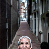 Nederland, Amsterdam, 2 mei 2016.<br /> <br /> Thupten Jinpa.<br /> Op 3 mei 2016 geeft Thupten Jinpa in Amsterdam een publiekslezing over de positieve effecten van compassie en compassietraining. Recent verscheen zijn boek Compassie voor beginners, voor een leven met meer moed en geluk. Jinpa is wetenschapper, studeerde in boeddhistische kloosters en aan westerse universiteiten en werkt al 30 jaar als tolk en vertaler voor de Dalai Lama. De voertaal van de lezing is Engels.<br /> <br /> On May 3, 2016 Thupten Jinpa gave a public lecture on the benefits of compassion and compassion training in Amsterdam. He recently published the book Compassion for beginners, for a life with more courage and happiness. Jinpa is a scientist, studied in Buddhist monasteries and Western universities and worked for 30 years as an interpreter and translator for the Dalai Lama.<br /> <br /> Foto: Jean-Pierre Jans