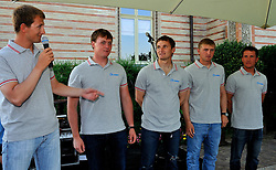 Eugenly Neugodnikov introduces his team at the opening ceremony. Photo: Chris Davies/WMRT