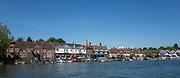 Henley on Thames. United Kingdom.   Henley Town Oxfordshire side. Thames side, <br /> Thursday  17/05/2018<br /> <br /> [Mandatory Credit: Peter SPURRIER:Intersport Images]<br /> <br /> LEICA CAMERA AG  LEICA Q (Typ 116)  f5  1/1000sec  35mm  42.5MB