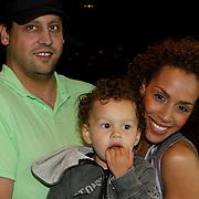 NLD/Amsterdam/20080612 - Presentatie nieuw blad Jackie Junior, Glennis Grace, partner Moos en zoon Anthony
