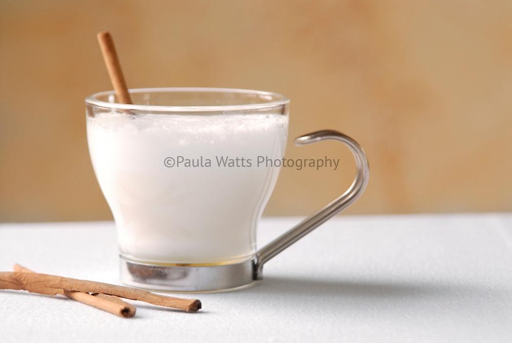 Hot dulce de leche with cinnamon