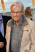 Premiere nieuwe cast Soldaat van Oranje<br /> Caption op het voormalige vliegveld Valkenburg in Katwijk. De musical blijft hier nog tot en met januari 2012 te zien in de TheaterHangaar. <br /> <br /> Op de foto:<br /> <br />  Paul Verhoeven