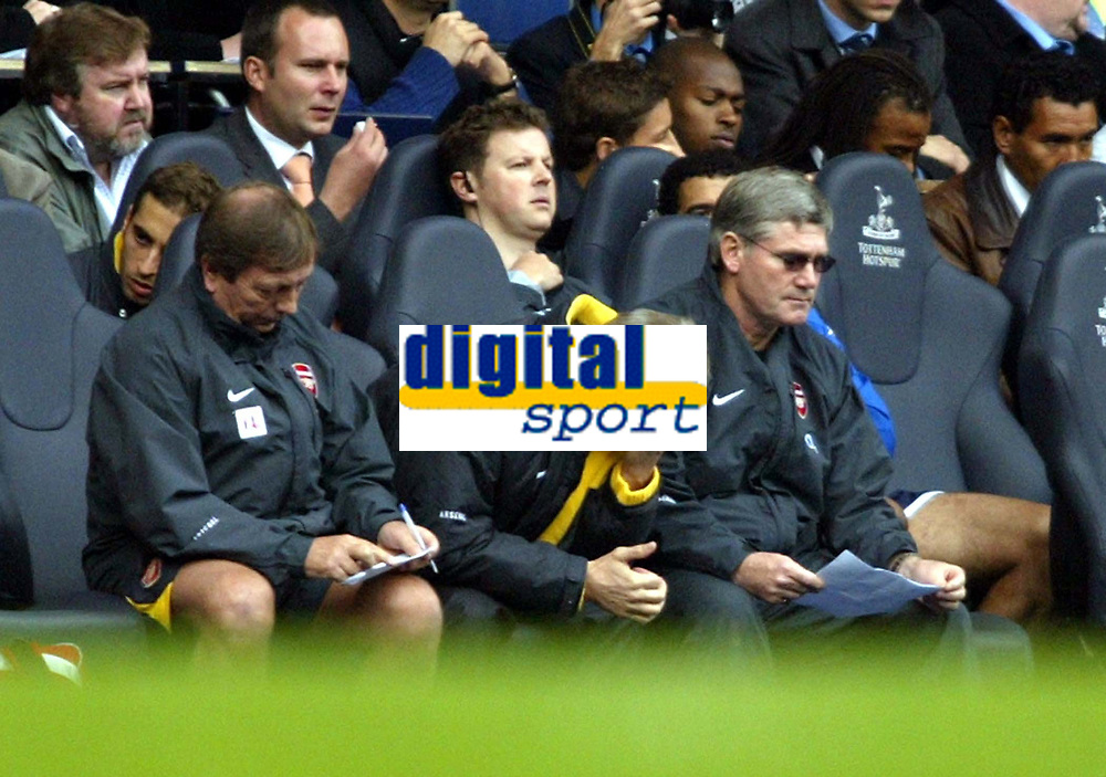 Photo: Chris Ratcliffe.<br />Tottenham Hotspur v Arsenal. The Barclays Premiership.<br />29/10/2005.<br />A hard day for Arsene Wenger that ended in a draw, but is it enough.