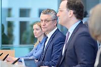 12 FEB 2021, BERLIN/GERMANY:<br /> Prof. Dr. Sandra Ciesek, Direktorin des Instituts für Medizinische Virologie am Universitätsklinikum Frankfurt, Prof. Dr. Lothar H. Wieler, Präsident Robert Koch-Institut (RKI), Jens Spahn, CDU, Bundesgesundheitsminister, (v.L.n.R.), Pressekonferenz zur Corona-Lage im Lockdown, Bundespressekonferenz<br /> IMAGE: 20210212-01-007<br /> KEYWORDS: Corvid-19