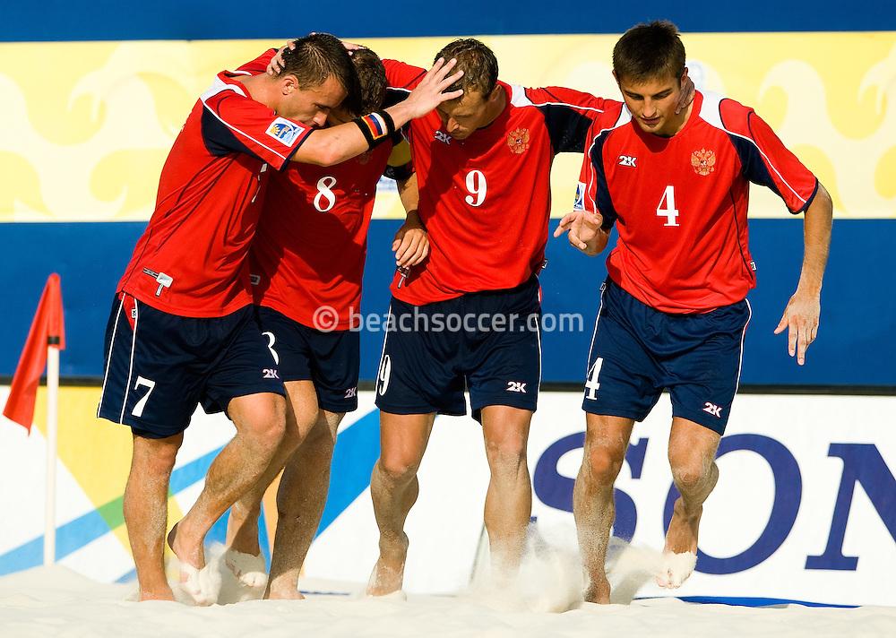 MARSEILLE, FRANCE- JULY 24: Fifa Beach Soccer World Cup Marseiile 2008. Brazil - Russia  (Photo by Manuel Queimadelos)