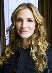 February 23, 2009 - Los Angeles, California, USA - Picture Shows: Actress Julia Roberts of the film ''Duplicity'' photographed in Los Angeles, CA. - 23rd February 2009 *Higher Rates Apply*Please Call To Negotiate Fees* Job: 62383 Ref: RNY / Armando Gallo - UK Rights Only. Minimum Usage fee of £150. *** NO TABS / SKIN MAGS *** NO ITALY *** NO SALES TO AMI PUBLICATIONS *** EMBARGOED IN THE USA UNTIL MAY 23, 2009. *** *Unbylined uses will incur an additional discretionary fee! (Credit Image: © Armando Gallo via ZUMA Studio)
