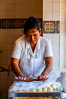 Woman making tortillas, Old Town Mexican Cafe, Old Town, San Diego, California USA.