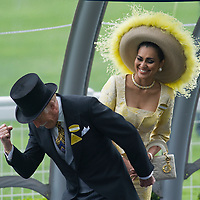 .Ascot  June 1 Bruce Forsight and with his wife Wilnelia  arrive at Ascot Racecourse  for the second day of Royal Ascot 2009..***Standard Licence  Fee's Apply To All Image Use***.Marco Secchi /Xianpix. tel +44 (0) 845 050 6211. e-mail ms@msecchi.com or sales@xianpix.com.www.marcosecchi.com