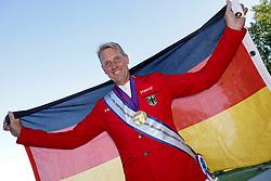RIESENBECK - FEI Jumping European Championship Riesenbeck 2021<br /> <br /> THIEME Andre (GER) mit Medaille<br /> Impression am Rande<br /> <br /> Hörstel-Riesenbeck, Reitanlage Riesenbeck International<br /> 05. September 2021<br /> © www.sportfotos-lafrentz.de/Stefan Lafrentz