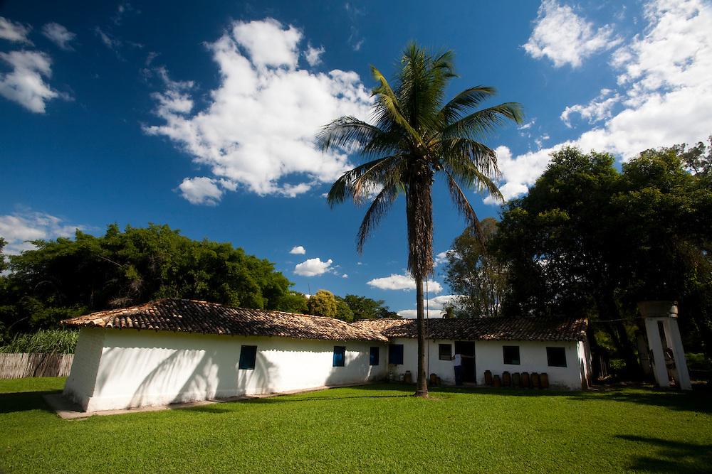 Esmeraldas_MG, Brasil...Casa na comunidade rural da Laginha em Esmeraldas, Minas Gerais...A house in the rural community Laginha in Esmeraldas, Minas Gerais. ..Foto: JOAO MARCOS ROSA / NITRO