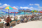 """Sunbed's are back on Patong Beach as Patong Mayor confirms """"it bring happiness to tourists:"""""""
