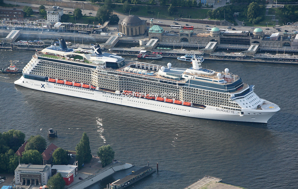 The largest cruise ship ever to be officially named in Hamburg arrives in the city today (19 July 2011) for the first time. The 2,880-guest Celebrity Silhouette will be named and launched by cruise line Celebrity Cruises on 21 July in Hamburg...