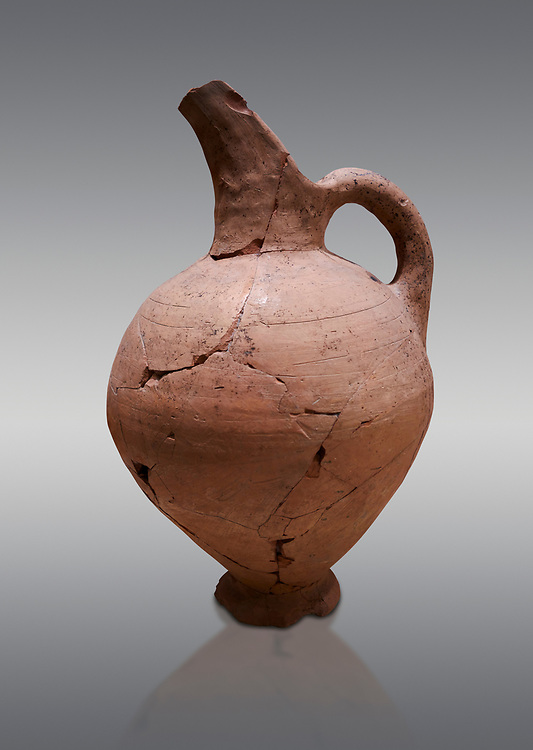 Hittite terra cotta beak spout pitcher . Hittite Period, 1600 - 1200 BC.  Hattusa Boğazkale. Çorum Archaeological Museum, Corum, Turkey .<br />  <br /> If you prefer to buy from our ALAMY STOCK LIBRARY page at https://www.alamy.com/portfolio/paul-williams-funkystock/hittite-art-antiquities.html  - Type Hattusa into the LOWER SEARCH WITHIN GALLERY box. Refine search by adding background colour, place,etc<br /> <br /> Visit our HITTITE PHOTO COLLECTIONS for more photos to download or buy as wall art prints https://funkystock.photoshelter.com/gallery-collection/The-Hittites-Art-Artefacts-Antiquities-Historic-Sites-Pictures-Images-of/C0000NUBSMhSc3Oo