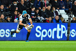Justin Tipuric of Ospreys in action during todays match<br /> <br /> Photographer Craig Thomas/Replay Images<br /> <br /> Guinness PRO14 Round 4 - Ospreys v Benetton Treviso - Saturday 22nd September 2018 - Liberty Stadium - Swansea<br /> <br /> World Copyright © Replay Images . All rights reserved. info@replayimages.co.uk - http://replayimages.co.uk