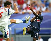 v.l. Marek Jankulovski, DaMarcus Beasley USA<br /> USA - Tsjekkia<br /> Fussball WM 2006 USA - Tschechien<br /> Norway only<br /> Fotball VM