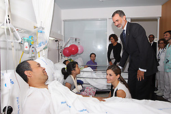 August 19, 2017 - Barcelona, Catalonia, Spain - KING FELIPE VI of Spain, QUEEN LETIZIA of Spain  visit victims of last Thursday's terrorist attack at the Hospital de la Santa Creu i Sant Pau. Thirteen people were killed and dozens injured in the Las Ramblas area of Barcelona when a van hit crowds on August 17th. (Credit Image: © Jack Abuin via ZUMA Wire)