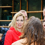 NLD/Apeldoorn/20100608 - H.K.H. Prinses Maxima opent ' De St@art ', Prinses Maxima in gesprek met Vincent Bijlo