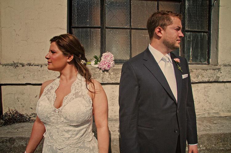 Melanie + Jordan. Creative Weddings by Dean Oros :: Images of a Promise. http://imagesofapromise.com