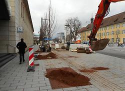 Germany, Freiburg - December 17, 2018.Gardens crew plants new trees along a street in the city center (Credit Image: © Antonio Pisacreta/Ropi via ZUMA Press)
