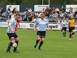 FODBOLD: Jonas Rohrberg (Helsingør) kontrollerer bolden ved siden af Anders Henriksen (Helsingør) under kampen i Danmarksserien, pulje 1, mellem Elite 3000 Helsingør og Allerød FK den 7. september 2008 på Helsingør Stadion. Foto: Claus Birch