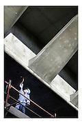 Dubai, U.A.E., Nov, 2004, Palm's gateway Bridge..PHOTO © Christophe Vander Eecken