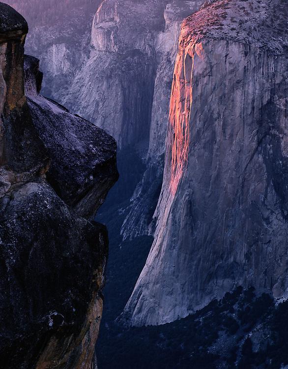 Evening light on El Capitan, view from Taft Point, Yosemite National Park, California, USA