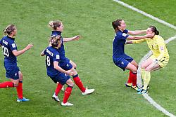 09.07.2011, FIFA Frauen-WM-Stadion Leverkusen, Leverkusen, GER, FIFA Women Worldcup 2011, Viertelfinale, England (ENG) vs. Frankreicht (FRA), im Bild:  Jubel Frankreich nach dem Sieg.. // during the FIFA Women´s Worldcup 2011, Quaterfinal, England vs France on 2011/07/09, FIFA Frauen-WM-Stadion Leverkusen, Leverkusen, Germany.   EXPA Pictures © 2011, PhotoCredit: EXPA/ nph/  Mueller *** Local Caption ***       ****** out of GER / CRO  / BEL ******