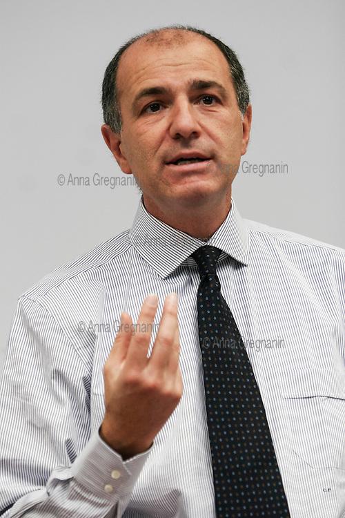Milano, IULM: Corrado Passera ex amministratore delegato di Banca Intesa ora  entra in in politica con il progetto Italia unica.