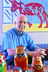Neurocientista Aldo B. Lucio, fala sobre as mães no abandono dos bebês - crianças. FOTO: Jefferson Bernardes/Preview.com