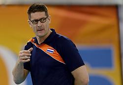 01-06-2014 NED: WLV Nederland - Zuid Korea, Eindhoven <br /> Coach Edwin Benne