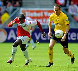 16-05-2010 VOETBAL: FC UTRECHT - RODA JC: UTRECHT<br /> FC Utrecht verslaat Roda in de finale van de Play-offs met 4-1 en gaat Europa in / Jacob Mulenga<br /> ©2010-WWW.FOTOHOOGENDOORN.NL