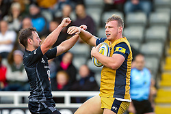 Mitch Eadie of Bristol Rugby celebrates scoring a try - Rogan Thomson/JMP - 08/10/2016 - RUGBY UNION - Kingston Park - Newcastle, England - Newcastle Falcons v Bristol Rugby - Aviva Premiership.