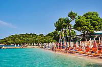 Albanie, province de Vlore, ville balneaire de Ksamil // Albania, Vlore province, Ksamil beach