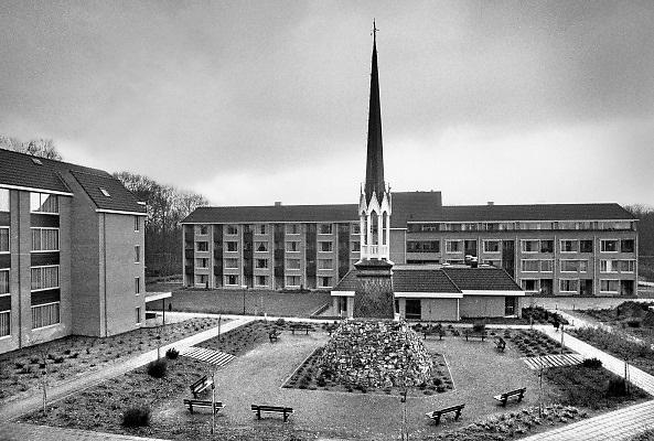 Nederland, 1984Serie mbt geestelijk leven in Nederland. Kooster van Alverna werd afgebroken en vervangen door kleinere nioeuwbouw met zorgfunctie .Foto: Flip Franssen