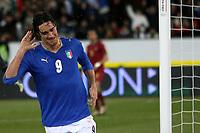"""Luca Toni (Italy) celebrates scoring<br /> Esultanza di Luca Toni dopo il gol<br /> Zurigo - Zurich 6/2/2008 Stadio """"Letzigrund"""" <br /> Firendly Match<br /> Italia Portogallo / Italy Portugal (3-1)<br /> Foto Andrea Staccioli Insidefoto"""