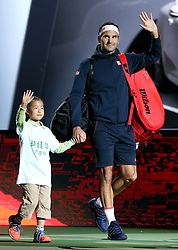 SHANGHAI, Oct. 10, 2018  Switzerland's Roger Federer (R) comes to the court ahead of the men's singles second round match against Russia's Daniil Medvedev at the Shanghai Masters tennis tournament on Oct. 10, 2018. (Credit Image: © Fan Jun/Xinhua via ZUMA Wire)