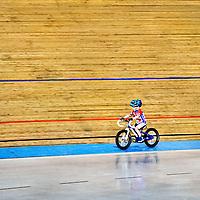 Rookie serie<br /> Nederland, Alkmaar, 24-10-2015.<br /> Baanwielrennen, Training Jeugd Alcmaria Victrix, Alkmaar<br /> Foto : Klaas Jan van der Weij