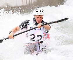 27.06.2015, Verbund Wasserarena, Wien, AUT, ICF, Kanu Wildwasser Weltmeisterschaft 2015, K1 men, im Bild Björn Beerschwenger (GER) // during the final run in the men's K1 class of the ICF Wildwater Canoeing Sprint World Championships at the Verbund Wasserarena in Wien, Austria on 2015/06/27. EXPA Pictures © 2014, PhotoCredit: EXPA/ Sebastian Pucher