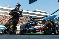 October 7, 2018 - Dover, DE, U.S. - DOVER, DE - OCTOBER 07: The crew for the #10 Stewart-Haas Racing Ford driven by Aric Almirola got to work after a late race caution the Gander Outdoors 400 on October 07, 2018, at Dover International Speedway in Dover, DE. (Photo by David Hahn/Icon Sportswire) (Credit Image: © David Hahn/Icon SMI via ZUMA Press)