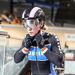 APELDOORN (NED) wielrennen      <br /> Kyra Lamberink heeft de 500 meter gewonnen op het NK Baanwielrennen. De Bergentheimse bleef Shanne Braspennincx (zilver) en Laurine van Riessen (brons) voor.<br /> Lamberink reed ook de snelste tijd in de kwalificatie.