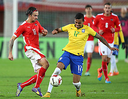18.11.2014, Ernst Happel Stadion, Wien, AUT, Freundschaftsspiel, Oesterreich vs Brasilien, im Bild Martin Harnik (AUT) und Luiz Gustavo (BRA) // during the friendly match between Austria and Brasil at the Ernst Happel Stadion, Vienna, Austria on 2014/11/18. EXPA Pictures © 2014, PhotoCredit: EXPA/ Thomas Haumer