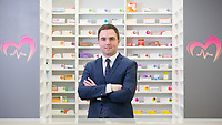 """NO REPRO FEE<br /> 15-1-14<br /> PICTURE SHOWS pharmacist and Healthwave CEO Shane O'Sullivan at thelaunch of the store in Dundrum town centre.PIC:Naoise Culhane -no fee<br /> NEW 'HEALTHWAVE' PROMISES CHEAPER PRESCRIPTION MEDICINES IN IRELAND: Dundrum-based pharmacy matches cross-border prices for generic medications. """"Despite numerous price drops in recent years, Ireland is still one of the most expensive countries in the world to buy medicine and particularly prescription medication. However, Healthwave, a new pharmacy based in Dundrum with an online channel, is set to disrupt the Irish market significantly by providing medications, prescription and over the counter (OTC), at a huge cost saving to the consumer"""" saidpharmacist and Healthwave CEO Shane O'Sullivan at thelaunch of the store in Dundrum town centre.<br /> Pic:Naoise Culhane-no fee"""