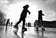 Nederland, Leuth, 18-1-2017Schaatsbaan op de parkeerplaats van sportpark de DuffeltDGFoto  167461  editie NijmegenFoto: Flip Franssen