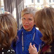 Modeshow Sheila de Vries,  Hank Heijn in gesprek