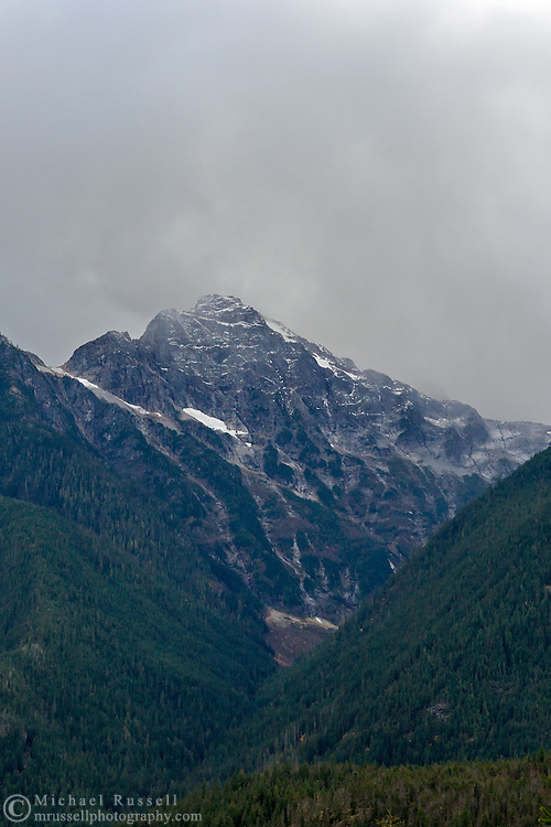 Colonial Peak in North Cascades National Park, Washington State, USA