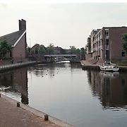 Aanloophaven, Meentkerk gezien vanaf de Zuidwal Huizen