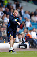 Fotball<br /> Foto: SBI/Digitalsport<br /> NORWAY ONLY<br /> <br /> Leeds United v Millwall<br /> Coca Cola Championship.<br /> 07/08/2005.<br /> <br /> Leeds manager Kevin Blackwell has plenty to shout about following a 2-1 win.