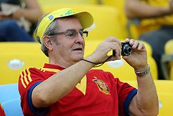 Torcida Espanhola na partida entre Brasil e Espanha válida pela final da Copa das Confederações 2013, no estádio Maracanã, no Rio de Janeiro. FOTO: Jefferson Bernardes/Preview.com