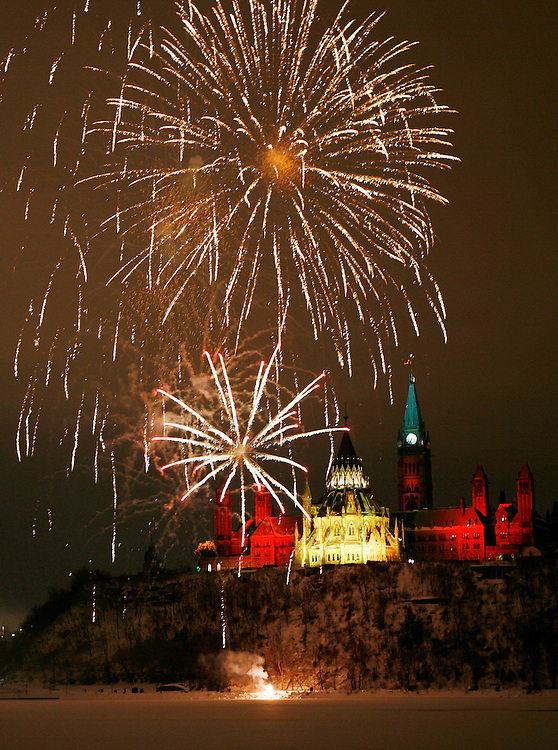A New Year's Eve fireworks show called 'The Grand Finale' is set off on the edge of the Ottawa River, in Ottawa on Monday Dec. 31, 2007., to mark the end of the 150th anniversary of Queen Victoria announcing Ottawa as Canada's capital. The fireworks started at 18:57 to symbolize Dec. 31, 1857..The Canadian Press/SeanKilpatrick